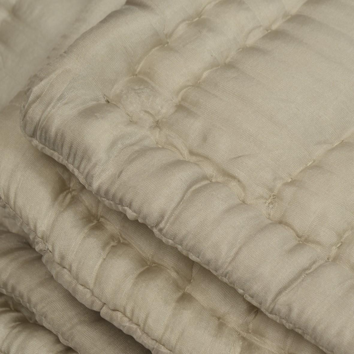 boutis couvre lit en soie taupe