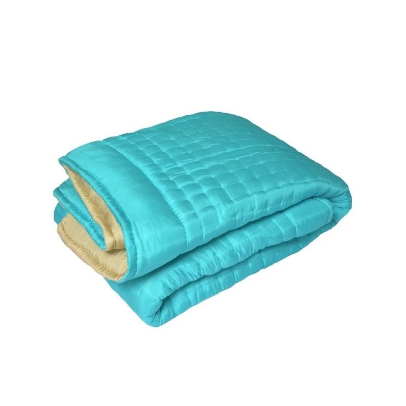 boutis couvre lit en soie bleu. Black Bedroom Furniture Sets. Home Design Ideas
