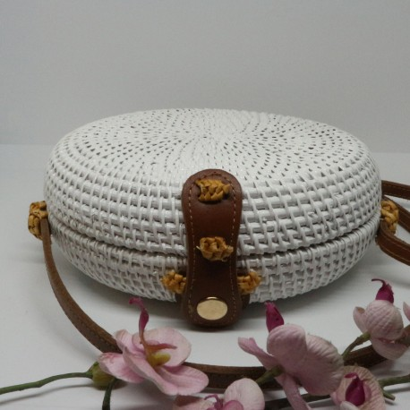 white round rattan bag