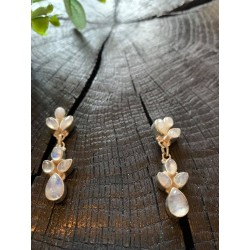 silver earings with moonstone gems